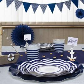 Décoration de fête sur le thème de la mer & bleu marine