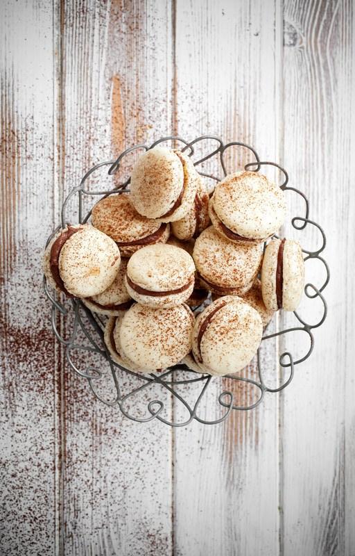 Macarons caramel beurre salé praliné