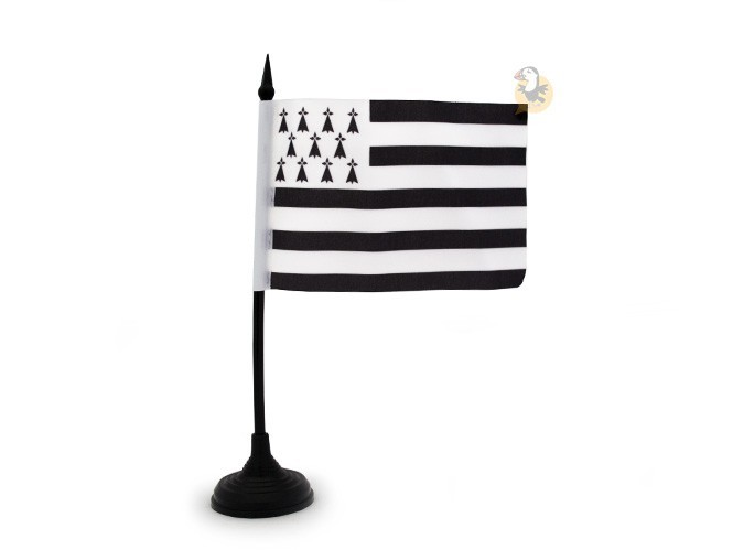 drapeau-table-breton