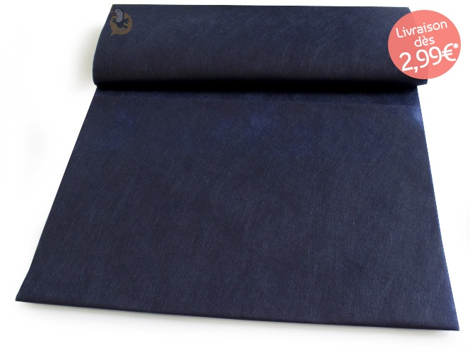 chemin-table-bleu-marine