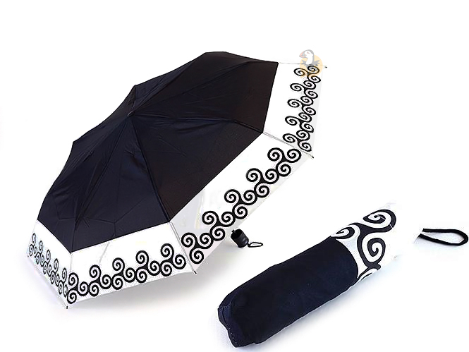parapluie pliant triskell parapluie breton solide renforc. Black Bedroom Furniture Sets. Home Design Ideas